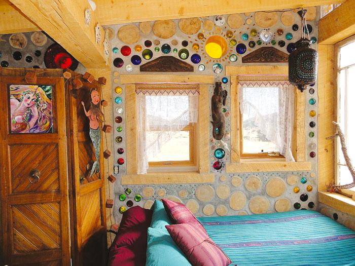 adz online ein ko haus aus brennholz. Black Bedroom Furniture Sets. Home Design Ideas
